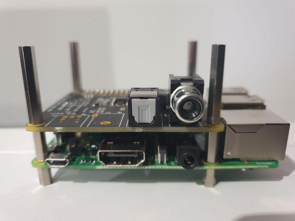 IQaudio Pi-Digi+ connected to Raspberry PI 3 Model B